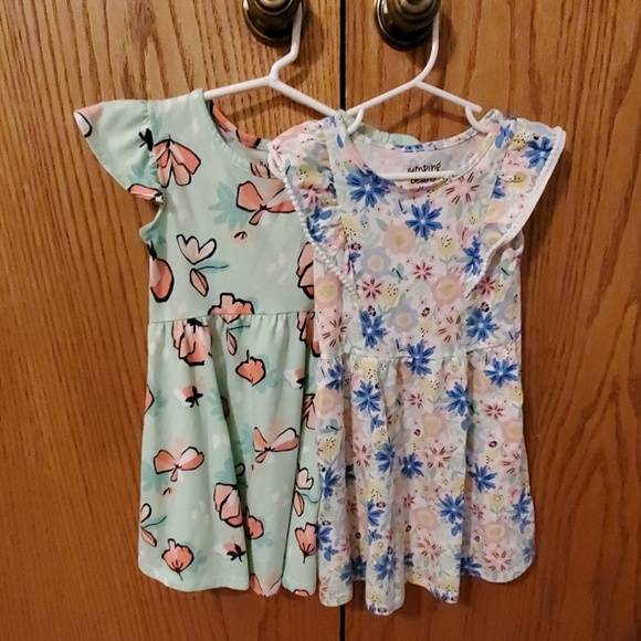 jumping beans Other - 2 Size 4 girl dresses